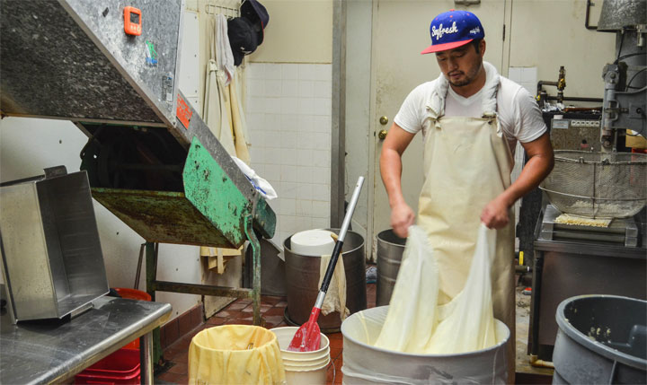 La produzione del tofu