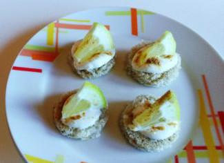 Spuntino di yogurt e limone